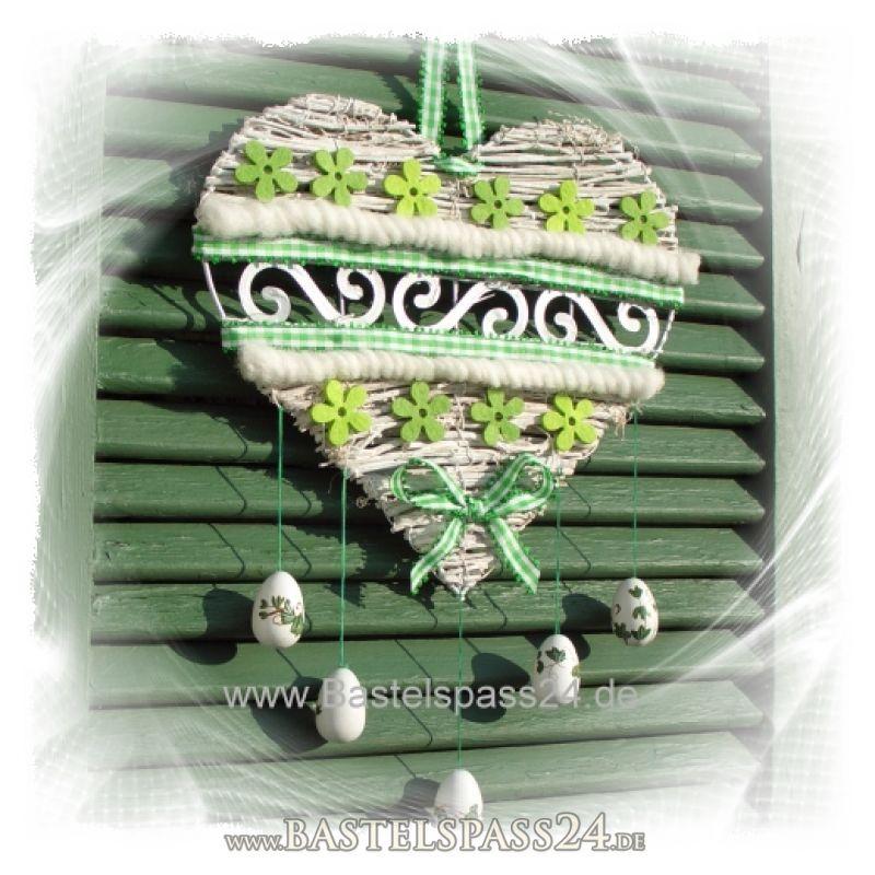 Fensterdekoration fensterschmuck f r fr hjahr und ostern im landhausstil selber - Fensterdekoration ostern ...