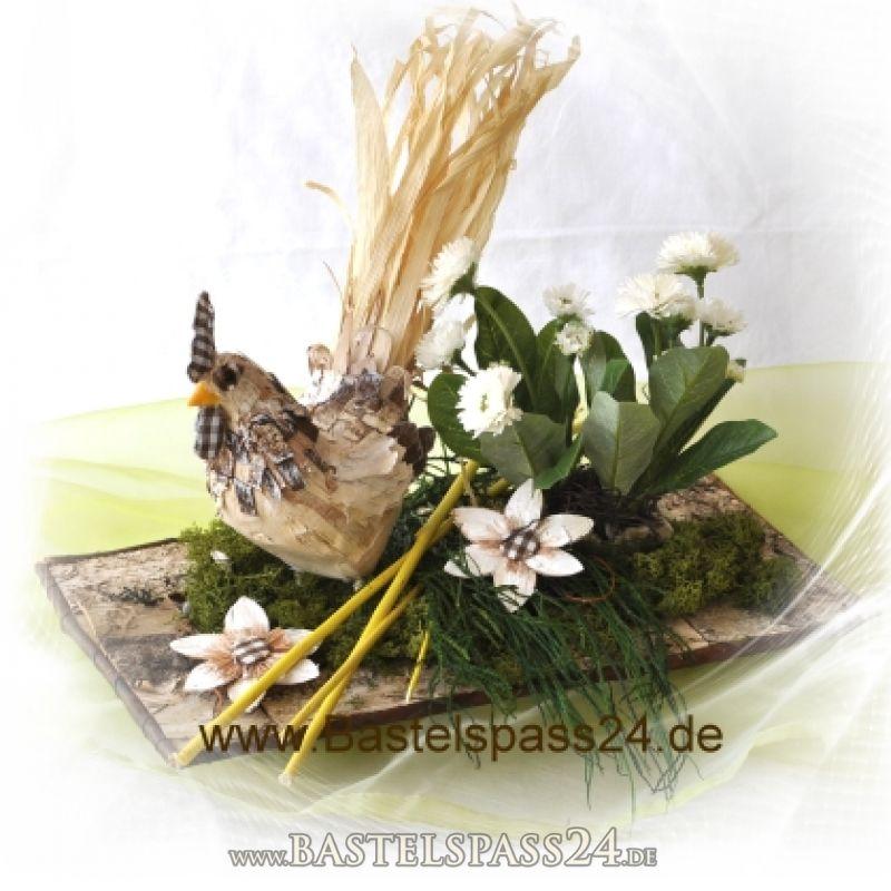 Ostergesteck mit birkenhahn in birkenschale for Topfpflanzen dekorieren