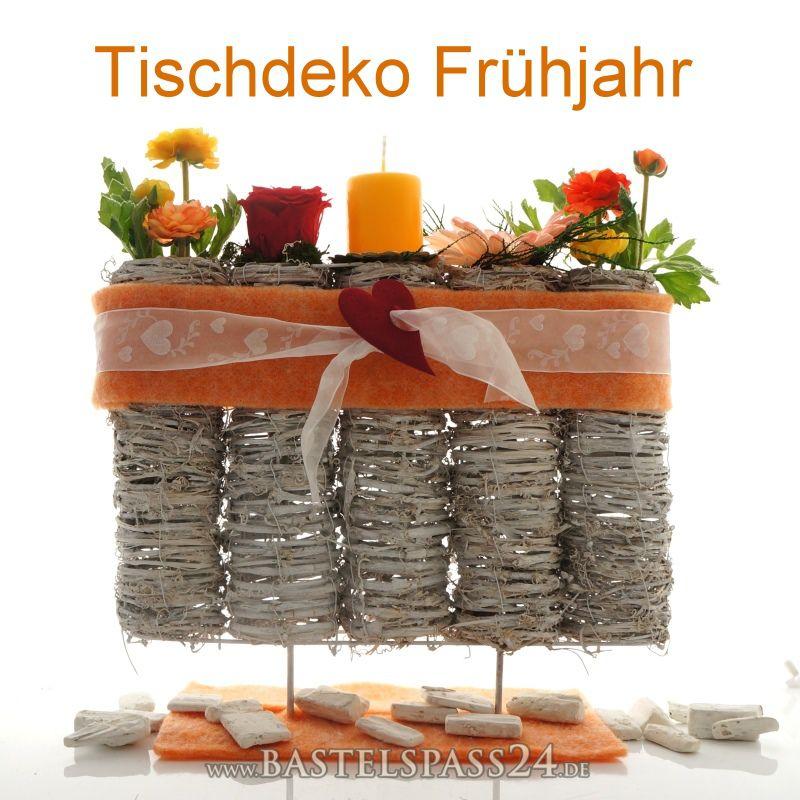 Tischdeko fr hjahr selber machen mit frischblumen oder - Tischdeko 30 geburtstag selber machen ...