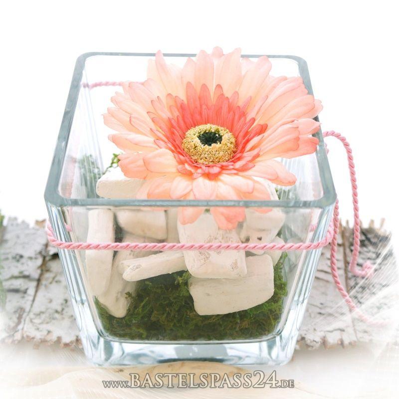 tischdeko sleber machen rosa wei modern mit glasvasen dekoriert einfach zum selbe. Black Bedroom Furniture Sets. Home Design Ideas