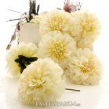tischdekoration f r hochzeit mit pr parierten rosen in birkenherz schale g uu. Black Bedroom Furniture Sets. Home Design Ideas