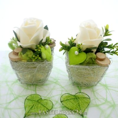 Tischgestecke Tischdeko für Hochzeit zum selber machen mit Rosen ...