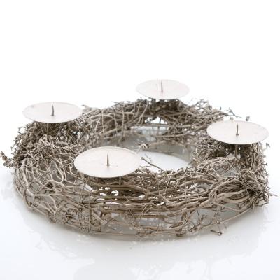 adventskranz im landhausstil mit leuchtkugel und naturdeko aus wolle. Black Bedroom Furniture Sets. Home Design Ideas