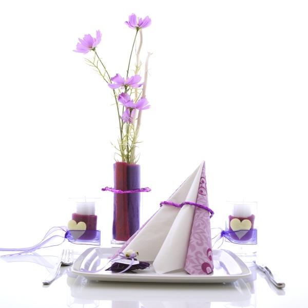 serviettenringe herzen aus draht drahtherzen mit glanzfolie f r. Black Bedroom Furniture Sets. Home Design Ideas