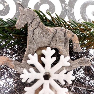 schaukelpferd aus birke sch ne natur deko f r weihnachten z. Black Bedroom Furniture Sets. Home Design Ideas