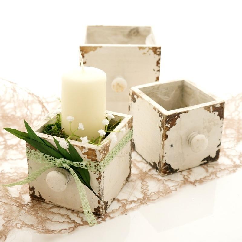 tischdeko pflanz schublade aus holz wei im shabby chic pflanz. Black Bedroom Furniture Sets. Home Design Ideas