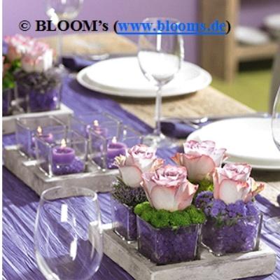 Tischdeko Mit Dekokies Und Langzeitrosen Einfach In Glasvasen Selber