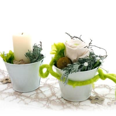 tischdeko hochzeit geburtstag mit pr parierte rosen langzeitrosen. Black Bedroom Furniture Sets. Home Design Ideas