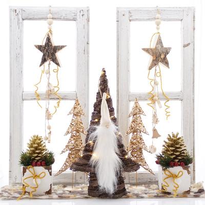Holzsterne Mit Rinde Fensterdeko Weihnachten Bastelspass24de