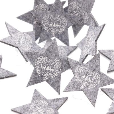 weihnachtsdeko im landhausstil fensterdeko mit zinkeimer und wichtel s. Black Bedroom Furniture Sets. Home Design Ideas