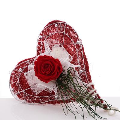diy brautstrau mit rosen rot wei floristik basteln bastelanleitungen. Black Bedroom Furniture Sets. Home Design Ideas
