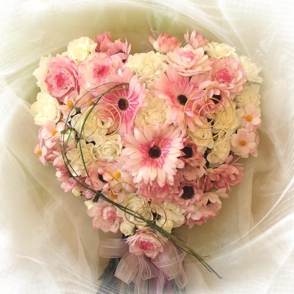 Großes Moosherz mit Blumen zum Bemalen in rosa weiß - Eink